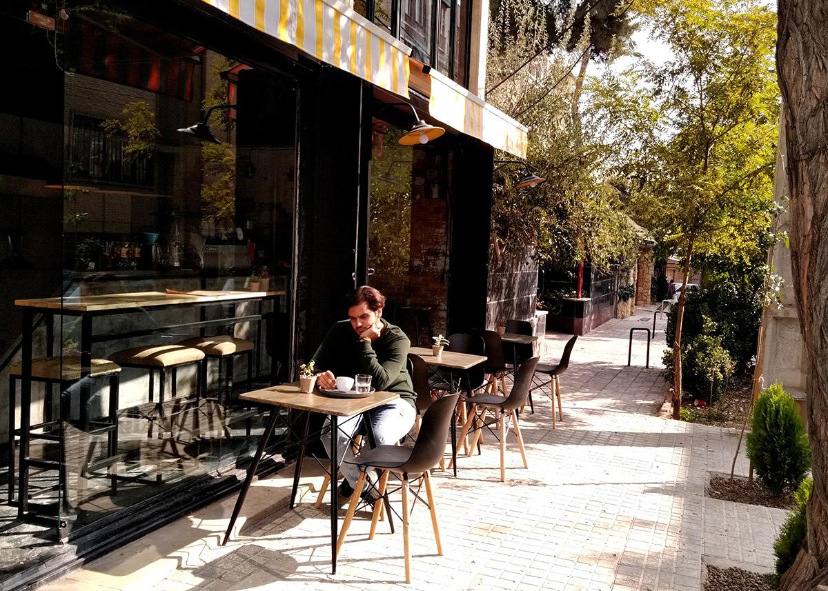ghazaal-la'li-pal-cafe-02
